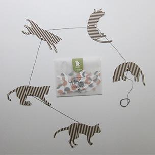 猫のモビール(紙加工品)